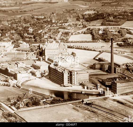 Cotton Factory: Weaving Factory Cotton Stock Photos & Weaving Factory