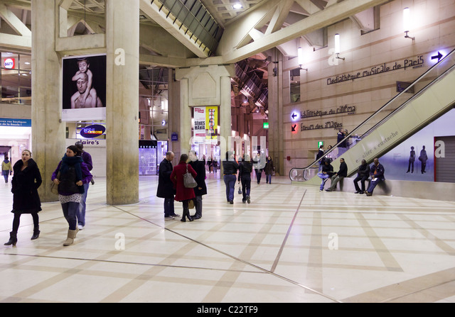 Les halles stock photos les halles stock images alamy - Les halles paris shopping ...