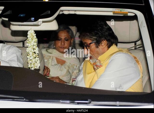 Bollywood actor Amitabh Bachchan with his wife Jaya Bachchan during Rima Jain 60th birthday celebration in Mumbai - Stock Image
