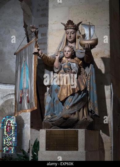 Statue Polychrome  Notre Dame de la Fin des Terres. Soulac-sur-Mer, Aquitaine  France - Stock Image