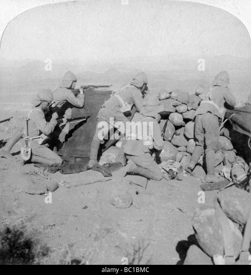 Troops defending New Zealand Hill, Slingersfontein, South Africa, 25th January 1900. - Stock Image