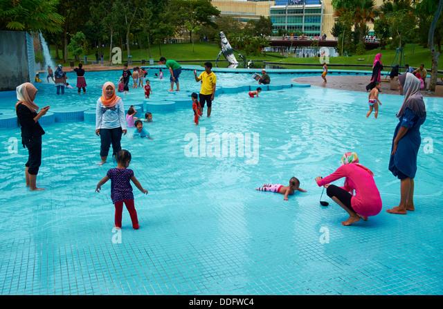 Baby Pool Stock Photos Baby Pool Stock Images Alamy