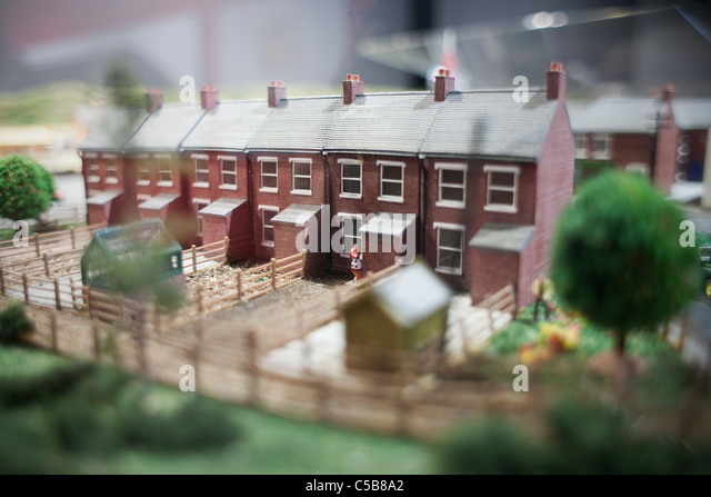 Row of model houses - Stock-Bilder