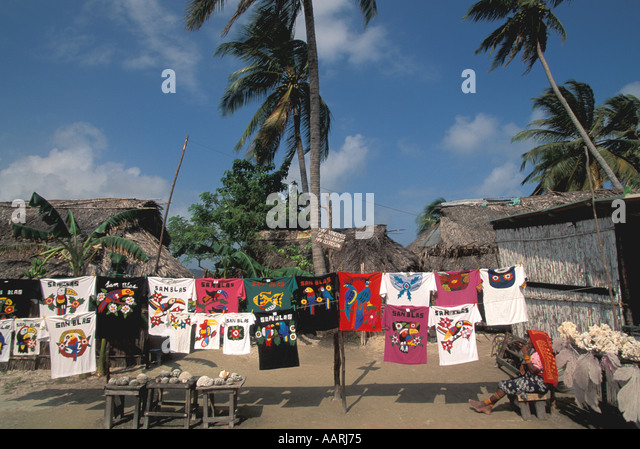 Panama San Blas Islands Cuna Indians Molas for Sale tourist souvenirs shopping Panama national symbol - Stock Image