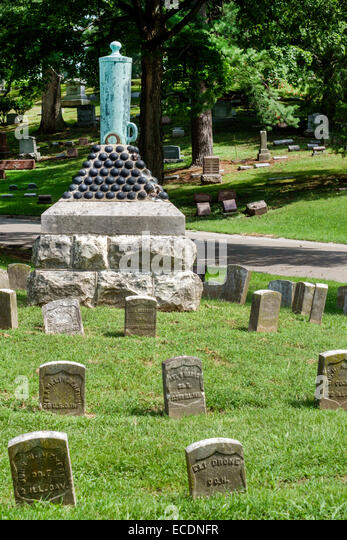 Illinois Springfield Oak Ridge Cemetery Civil War graves gravestones memorial military - Stock Image