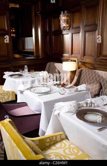 helene darroze restaurant london stock photos helene darroze restaurant london stock images. Black Bedroom Furniture Sets. Home Design Ideas