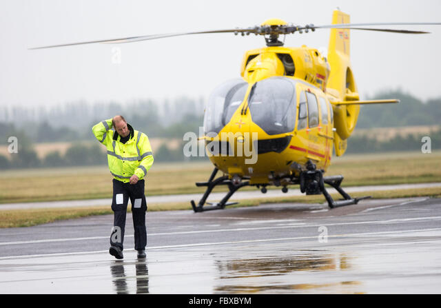 High Visibility Jacket Airport Stock Photos Amp High Visibility Jacket Airp