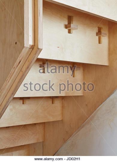 Detail of stairs below. Studio Totnes, Totnes, United Kingdom. Architect: David Sheppard Architects, 2016. - Stock-Bilder