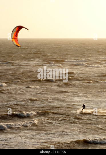 Extreme sports Kite-surfing at Sandown Isle of Wight - Stock Image