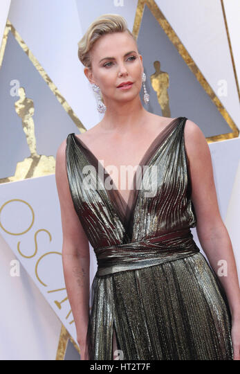 Hollywood, CA, USA. 26th Feb, 2017. 26 February 2017 - Hollywood, California - Charlize Theron. 89th Annual Academy - Stock Image