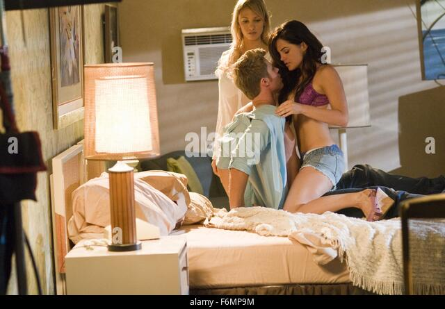 RELEASE DATE: 1 June 2010. MOVIE TITLE: Wild Things: Foursome. STUDIO: Stage 6 Films. PLOT: A murdered hotel millionaire's - Stock Image