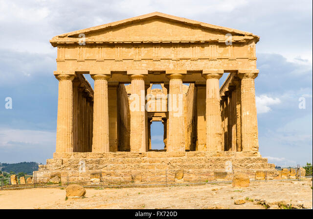 Greek Doric temple Concordia, 430 v. Chr., antiquity, Valley of the Temples, Valle dei Templi, Agrigento, Akragas, - Stock-Bilder
