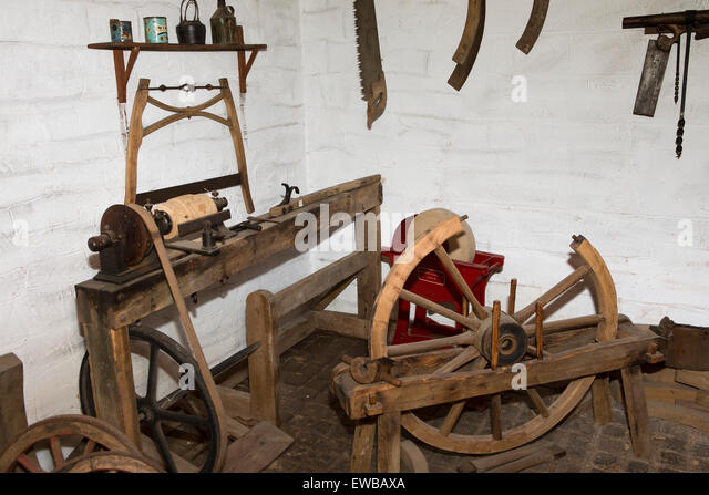 Ireland, Co Wexford, Johnstown Castle, Irish Agricultural Museum, wheelwright's workshop - Stock Image