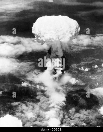 Mushroom cloud over Hiroshima, Japan during World War 2 - Stock Image