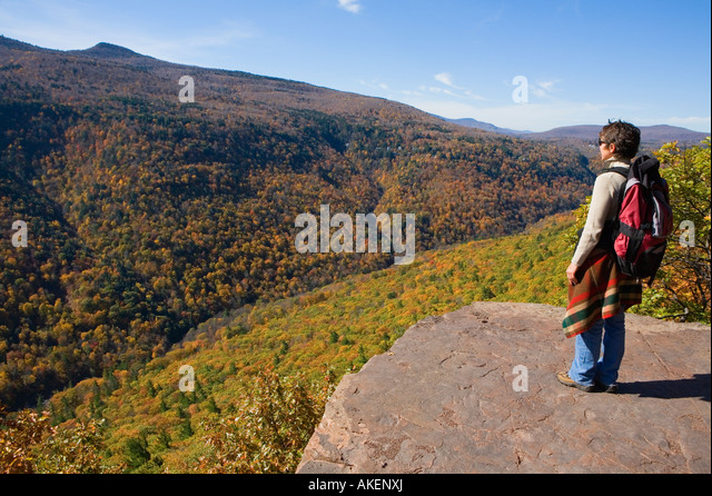 Woman hiking on the Escarpment Trail Catskill Mountains New York - Stock Image