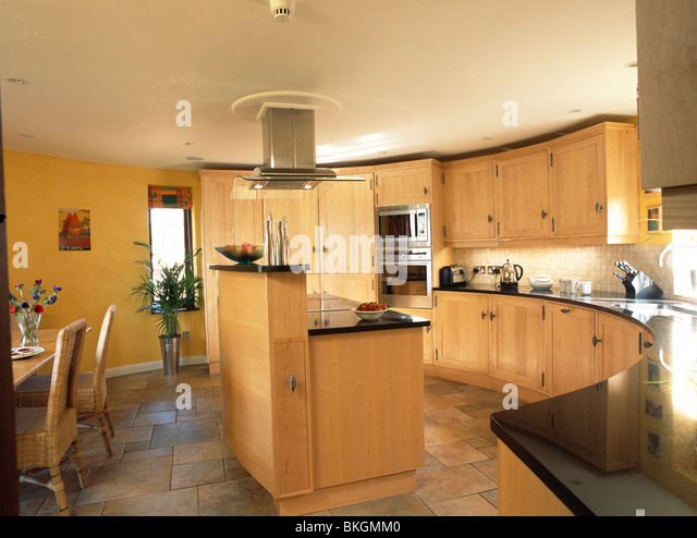 Black worktops stock photos black worktops stock images for Wooden fitted kitchen