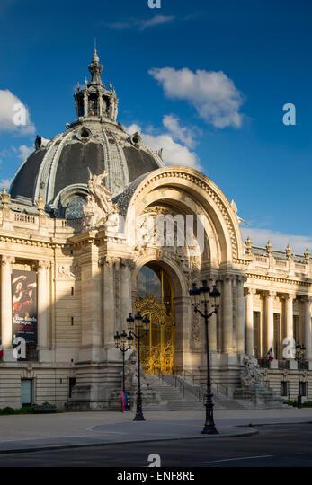Evening sunlight over Petite Palais, Paris, France - Stock Image