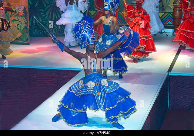 Rio de Janeiro Samba show in Leblon colorful costums - Stock Image