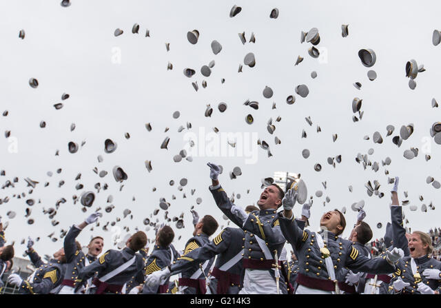 West Point, USA. 21st May, 2016. Cadets toss their hats in the air during the commencement ceremony at the United - Stock Image