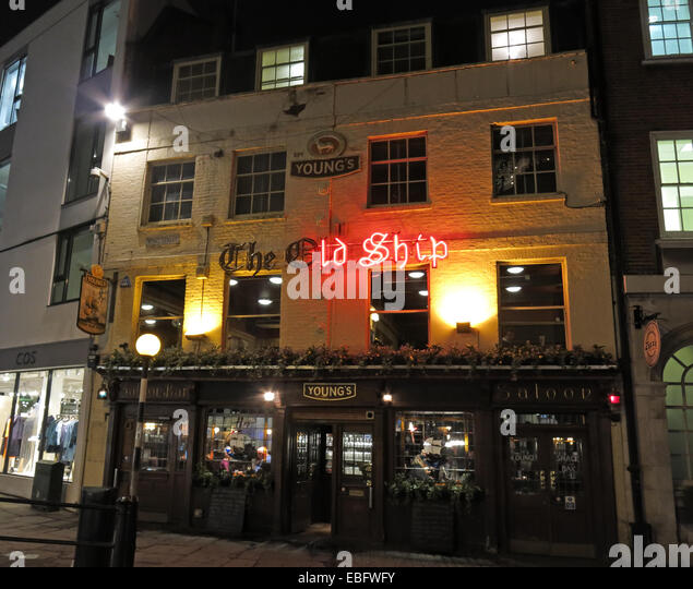 The Old Ship Pub, Youngs, Richmond, London at Night - Stock Image