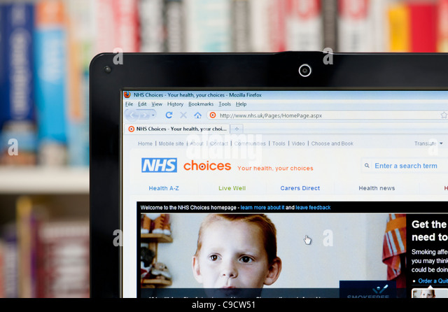 The NHS Choices website shot against a bookcase background (Editorial use only: print, TV, e-book and editorial - Stock Image