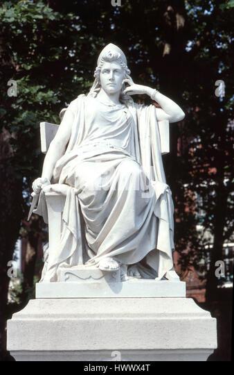 Statue of Sarah Siddons in Paddington Green - Stock Image