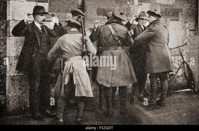 the irish war of independence and The irish war of independence began in january 1919 when, after winning a  landslide victory in ireland during the 1918 december general election, sinn féin .