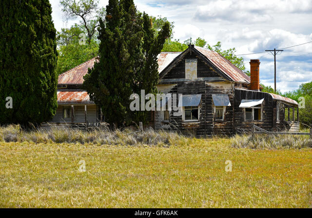 how to buy a derelict house australia