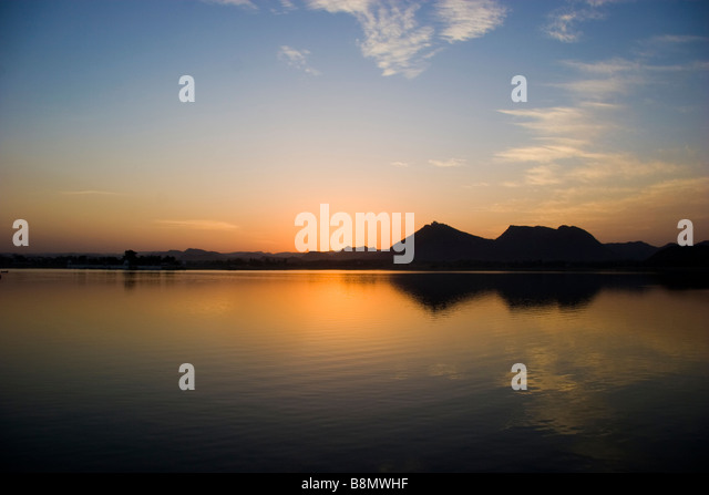 Fateh Sagar Lake Udaipur Rajasthan India - Stock-Bilder