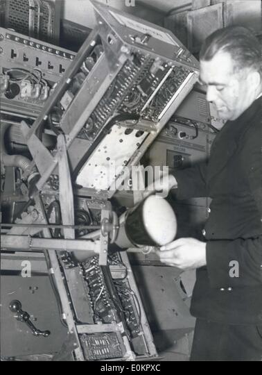 Aug. 24, 1945 - Centimetric Anti-Aircraft Gunnery Equipment Use Of Radar In The Navy: This equipment was designed - Stock Image