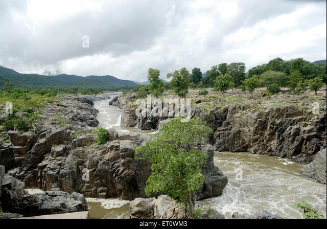 Kaveri river after Hogenakkal falls going to Mettur dam   Tamil Nadu