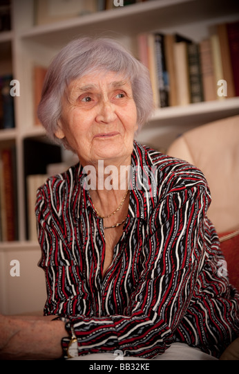 90 year old MARGARET JONES welsh woman artist and illustrator in her home in Aberystwyth 2009 - Stock Image
