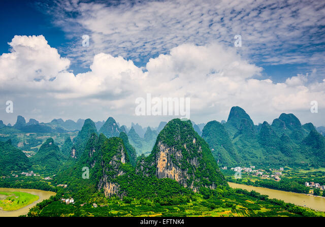 Karst mountain landscape in Xingping, Guangxi Province, China. - Stock-Bilder