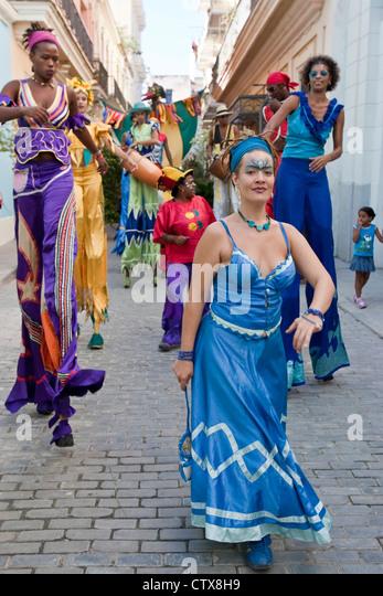 Street Entertainers, Old Havana, Cuba - Stock Image