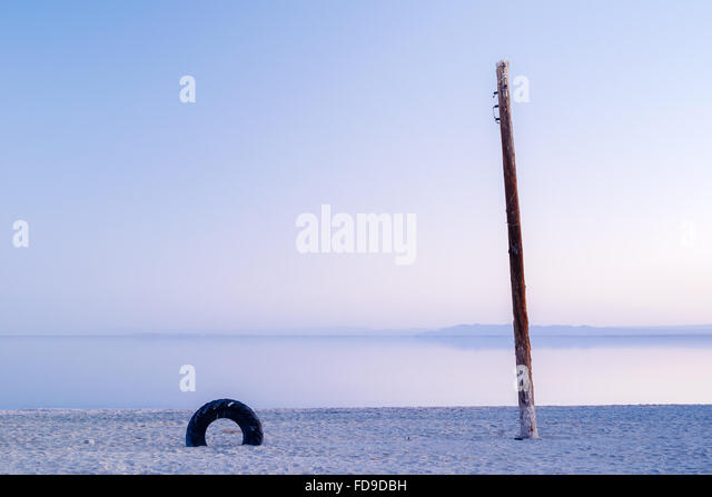 Litter and remains of Bombay Beach, on the eastern shore of the Salton Sea, California - Stock Image