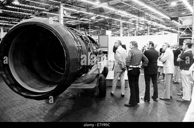 Nov 5, 1973 - Loxahatchee, Florida, U.S. - U.S. Rep. PAUL G. ROGERS (left) views a new J58 jet engine during a Pratt - Stock Image