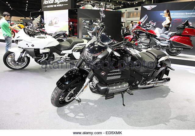motorcycle show vintage november paris france