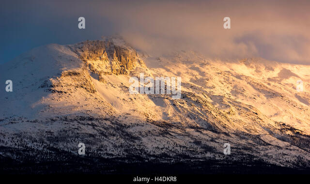 Light mood in the mountains Nordnorwegens - Stock Image