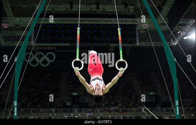 Rio de Janeiro, RJ, Brazil. 10th Aug, 2016. Kohei Uchimura (JPN) competes on the rings on his way to a gold medal - Stock-Bilder