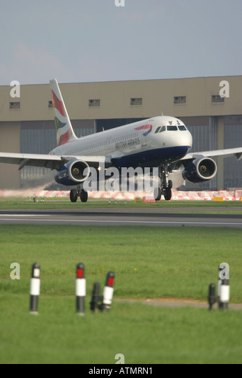 British Airways Airbus comeing to land at London Heathrow Airport - Stock Image