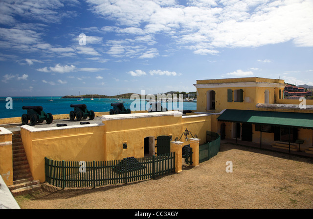 Caribbean, US Virgin Islands, St. Croix, Christiansted, Old town, Fort Christiansvaern - Stock-Bilder
