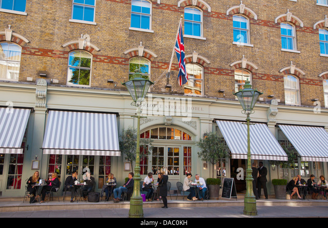 Fitzrovia stock photos fitzrovia stock images alamy for Terrace restaurant charlotte