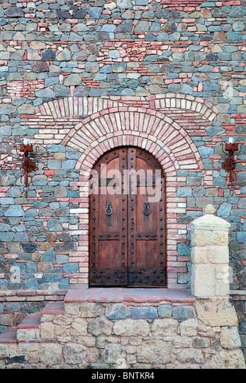 Outside door of castle. Castello di Amerorosa. Napa Valley, California. Property released - Stock-Bilder