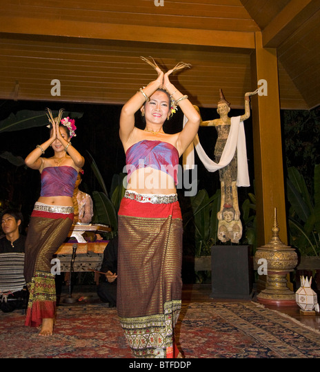 Traditional Dances Of Thailand Stock Photos & Traditional ...