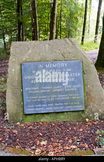 Memorial in the Forest of Dean at Bixslade, Gloucestershire to the men who died in the Union Colliery disaster of - Stock-Bilder