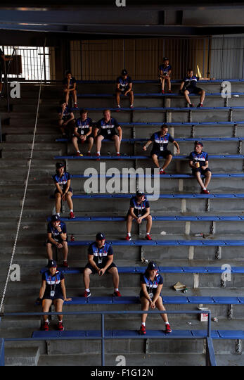 New York, USA. 01st Sep, 2015. Ballkids watching matches in between Grandstand and Louis Armstrong Stadium at the - Stock Image