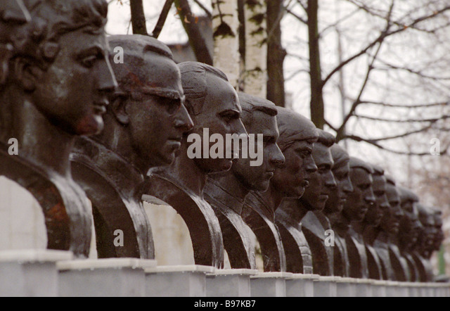 Alley of Fame of the Army s Central Sports Club CSKA with 20 busts of the legendary club members - Stock Image