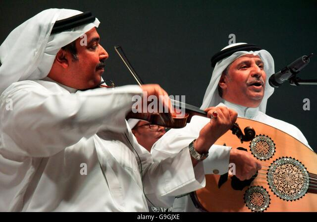 Musicians of the Mohammed bin Faris Ensemble Band play traditional sawt music in Al Khalifa Centre in Muhurraq district, - Stock Image