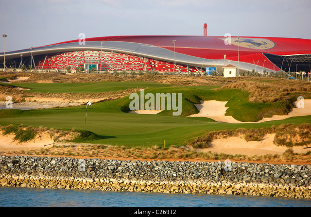 Yas-Links golf course on Yas island, opposite of Abu Dhabi Fromula One race track, a traditional links course. Opened - Stock Image