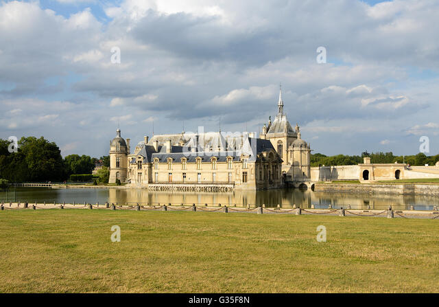 Chantilly chateau stock photos chantilly chateau stock images alamy - Chateau de chantilly adresse ...
